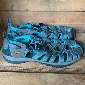 • keen • clearwater hiking sandals 10.5